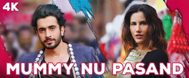 Mummy Nu Pasand lyrics from Jai Mummy Di